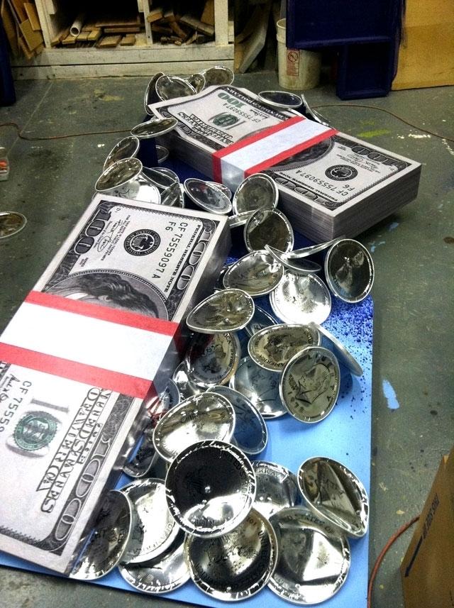 Calotto moneybillboard c5.jpg