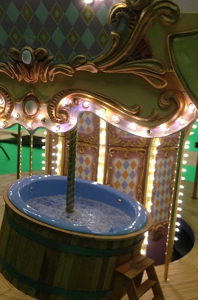 Carousel c3.jpg