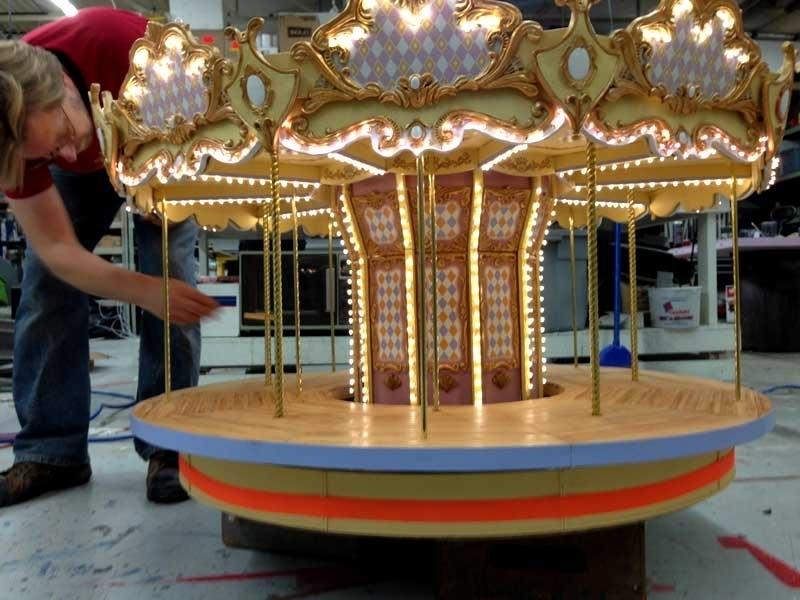 Carousel c5.jpg